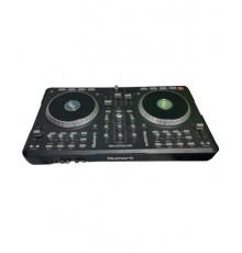 Mesa DJ Numark Mixtrack Pro